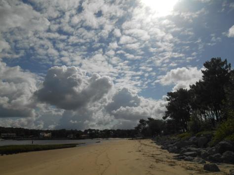 Au-delà des nuages, il y a toi et tous les autres...