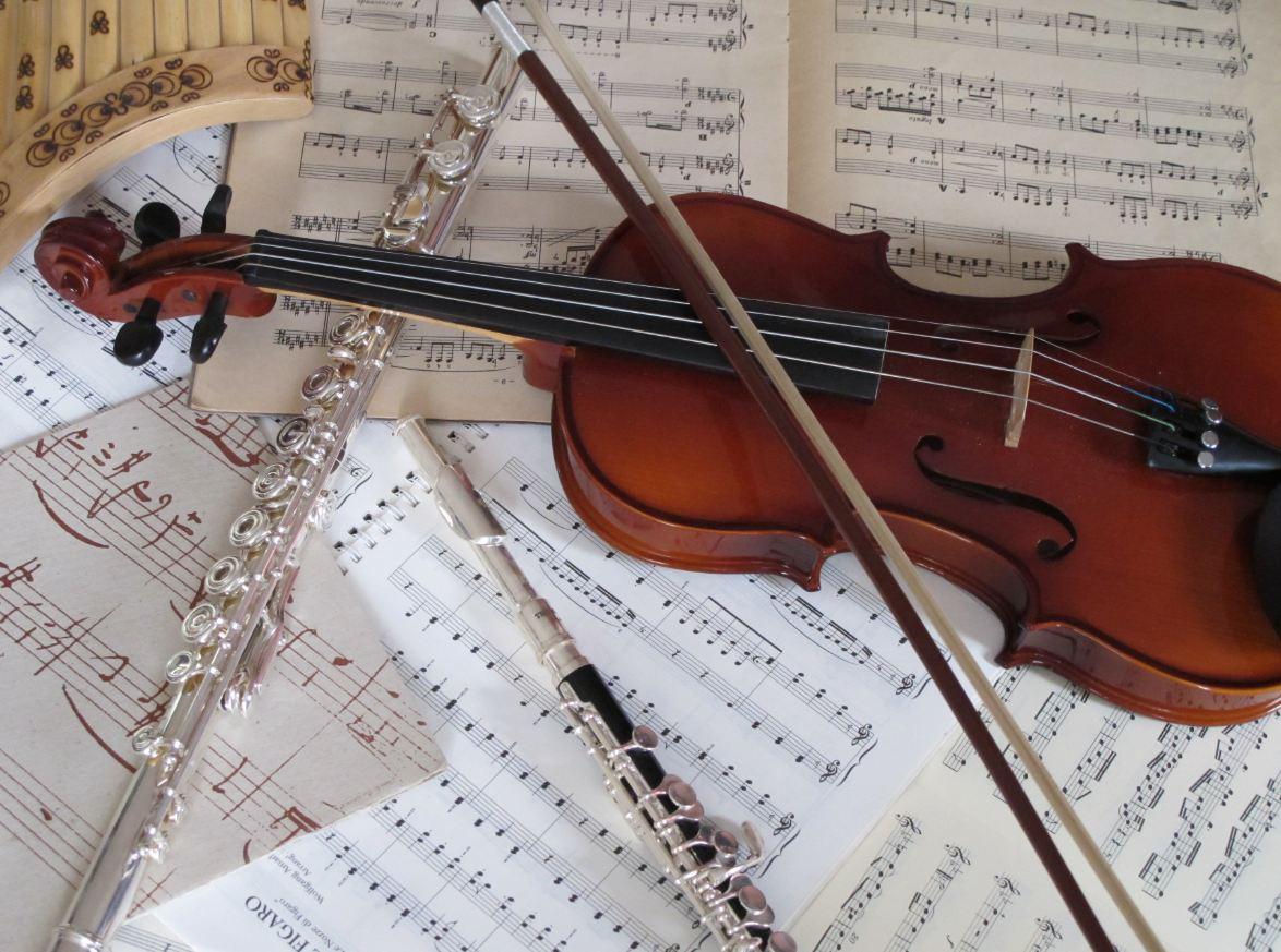 Musique classique - Photo d instrument de musique ...